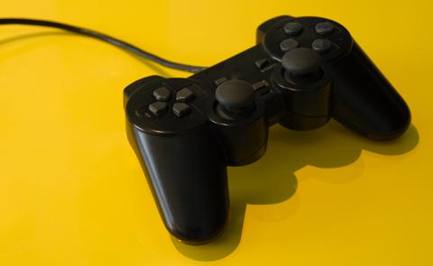 Playstationkontroll. Foto: Asif Akbar.