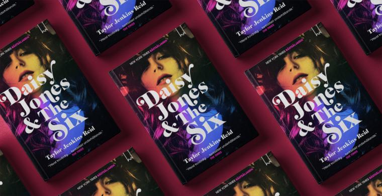 Omslag till Daisy Jones & The Six av Taylor Jenkins Reid. Bookmark förlag.