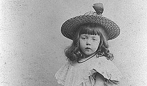 Flicka från tidigt 1900-tal.