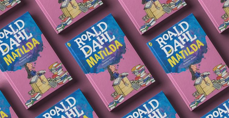Omslag till Matilda av Roald Dahl.