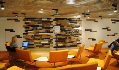 Scen på bibliotek Plattan. Foto: Patrik Meier